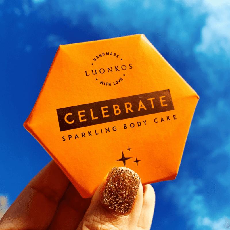 Luonkos Celebrate Sparkling Body Cake - Hoitava Kimallekakku Vartalolle